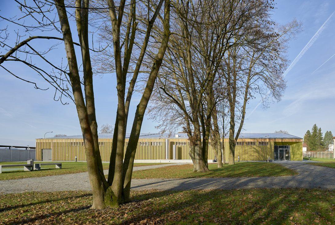 Rolf Sturm Architekturfotografie Landdshut Sporthalle Essenbach